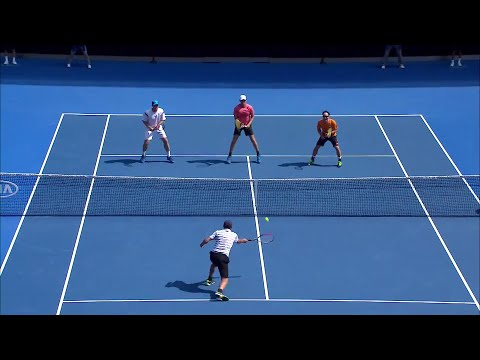 Maccas Legends: Arthurs/Chang v Ferreira/Wilander highlights | Australian Open 2016