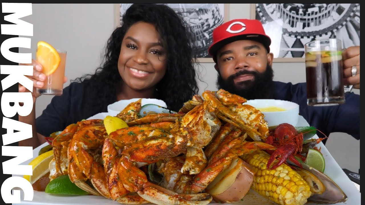 MASSIVE SEAFOOD BOIL MUKBANG + no  STORY TIME