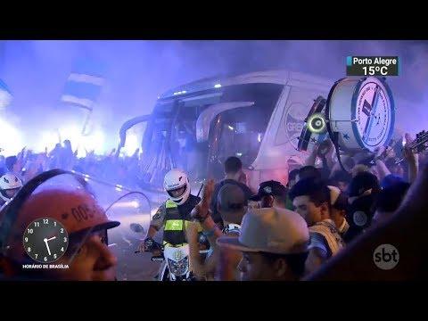 Grêmio chega à Argentina com vantagem do primeiro jogo das finais | SBT Notícias (28/11/17)