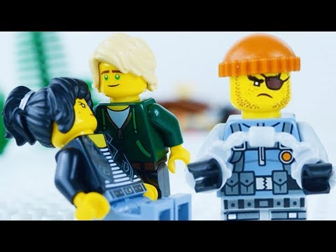 LEGO Ninjago Movie STOP MOTION W/ Lloyd Garmadon & Nya vs The Robber! | Ninjago | By Lego Worlds