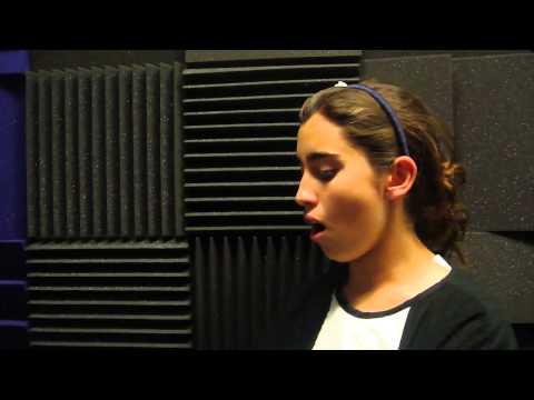 "Lauren Jauregui singing ""Speechless"" by Lady Gaga (2010)"