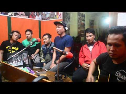 Dadali - Disaat Aku Pergi (Live Accoustic at Citraswara FM)