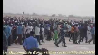 Gen. Muhammadu Buhari being received at the Tafawa Balewa International Airport Bauchi