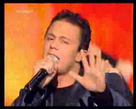 Leslie & Amine - Sobri @ NRJ Music Awards 2005