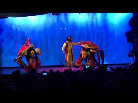 Mermaid show in Jakarta Aquarium
