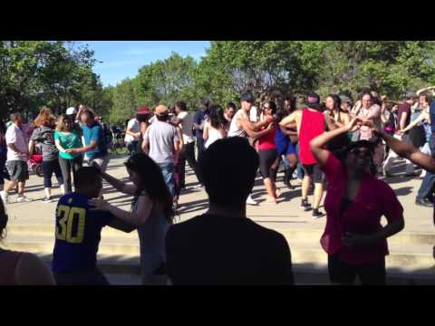 Open Cha Cha Cha Dance Party, Lake Merritt, Oakland, California