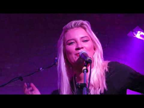 CARLY CONNOR live @ Stereo : Creepin' On