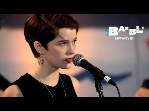 "Hannah Gill and the Hours perform ""Austin"" 