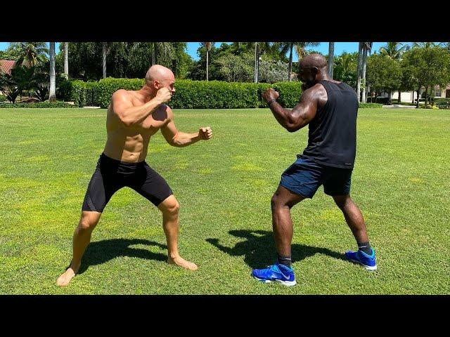 One Punch Man VS Black Panther (Yoga VS Bodybuilding)