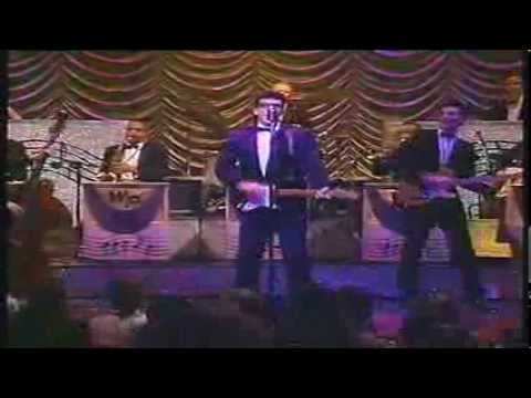 The Buddy Holly Story  -  It Does'nt Matter Anymore - Rave On - Part 5