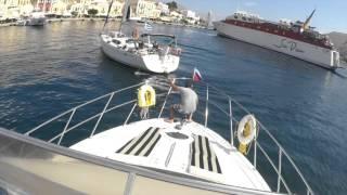 Обучение на моторной яхте в яхтенной школе ЯХТ ДРИМ. Морская практика - поход по греческим островам.