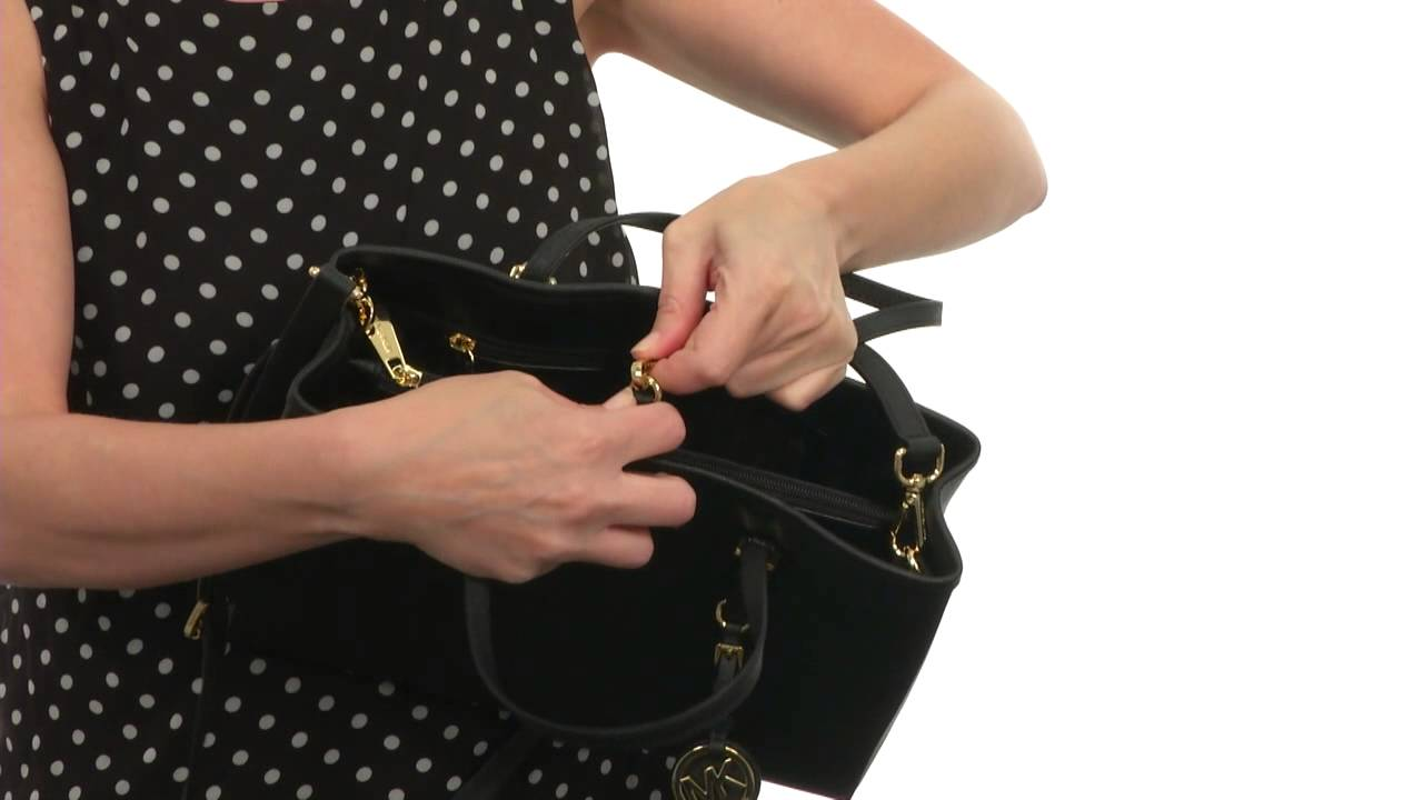 5d34e3dd4df5 MICHAEL Michael Kors Jet Set Travel Medium East/West Tote SKU:8469558 -  YouTube