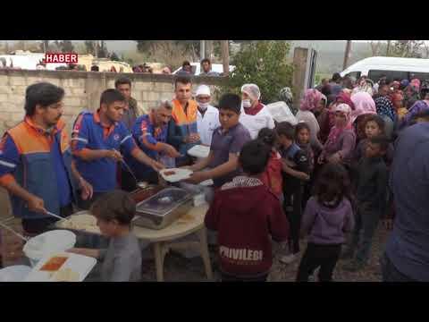 Türkiye, terörden temizlenen Cinderes'e insani yardım dağıtıyor.