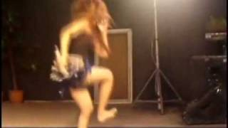 Repeat youtube video Myanmar Singer Hot Performance With Sexy Short မစ္ကီကိုးလ္