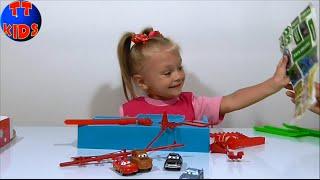 ✿ Тачки 2 Видео для детей Ярослава и Распаковка набора – Игрушки Машинки Cars 2 Unboxing Серия 2 ✿
