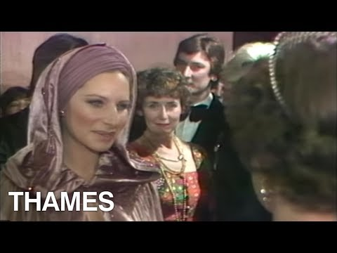 Royal Film Premier | Queen Elizabeth | Barbra Streisand | funny Lady | 1975