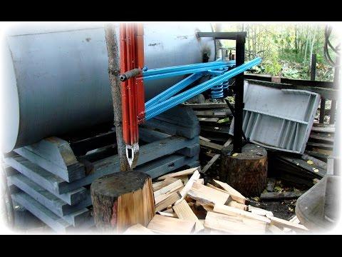 Изготавливаем  колун для дров на пружине. We produce log splitter in the spring.