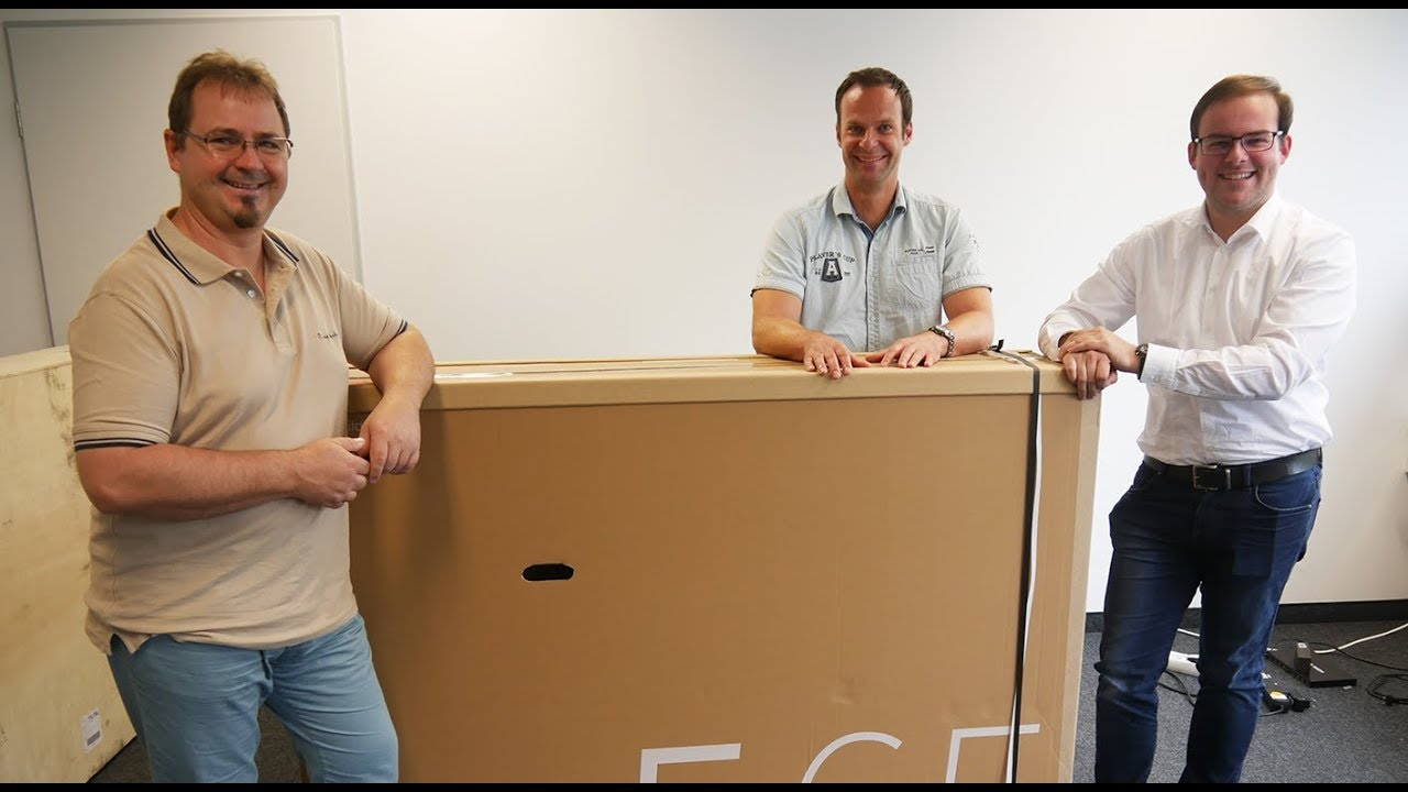 unboxing loewe bild oled tv mit dolby vision youtube. Black Bedroom Furniture Sets. Home Design Ideas