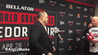 Fedor Emelianenko Gives Scott Coker His Gloves (Bellator 198 Media Scrum)