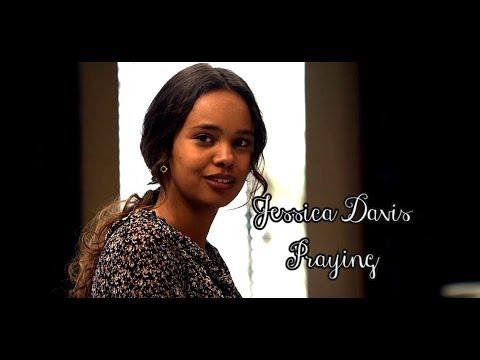 Jessica Davis | Praying
