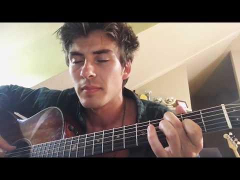 Casi Humanos - Andrés (Dvicio)
