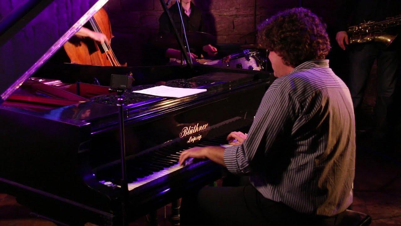 Download New Perspective --  Paul Heller - Martin Sasse - Quartett