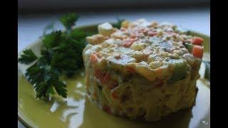 """Салат """"Оливье"""". Самый новогодний салат!!!"""