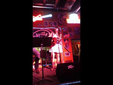 "Tori Allen sings ""Ms. Johnson's Son"" with Jonathan Robinson"