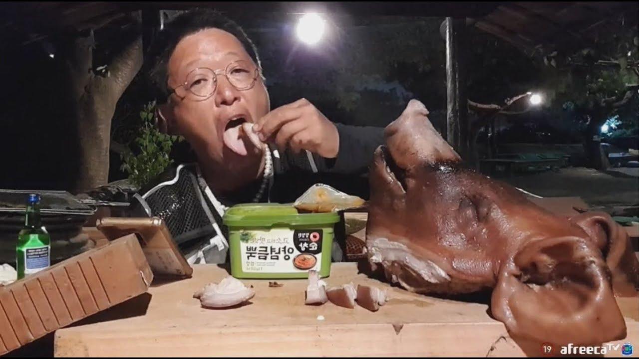 맛있는 돼지머리~🐷 통재로 삶아 먹어요 [술먹방, 혼술, 자연인]