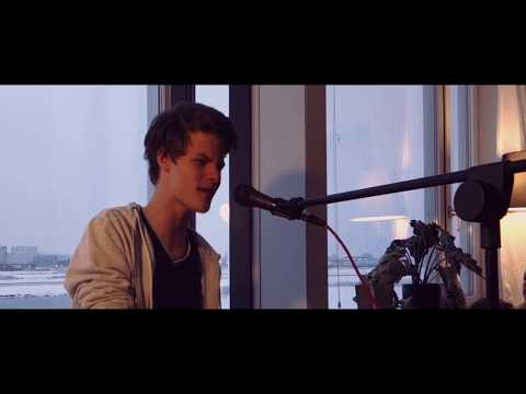 There's nothing holding me back - Toby Houben (LIVE COVER)