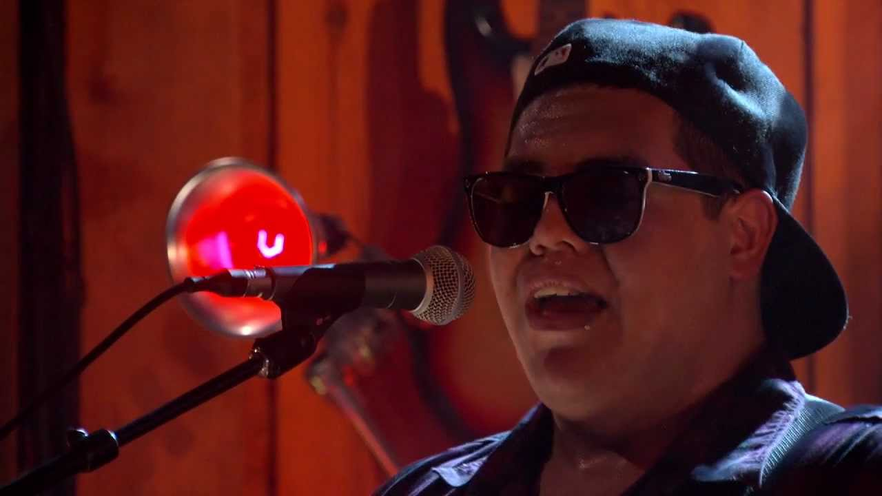 "Sublime with Rome ""Santeria"""