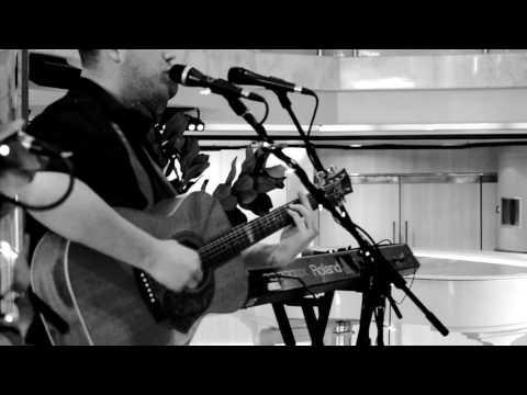 Chris Ah Gee - Gravity (John Mayer Looping Cover) Live @ The Atrium