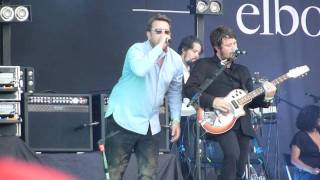 Elbow - The Birds (Live - Glastonbury 2011 @ Pyramid Stage) 25/06/11