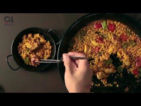 Spanish Recipes: Paella, Step by Step