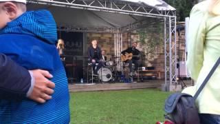 Ott Lepland - Tunnen Elus End (live Muhu Muusikatalu)