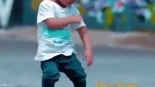 Baby funny dance with daru dabnam