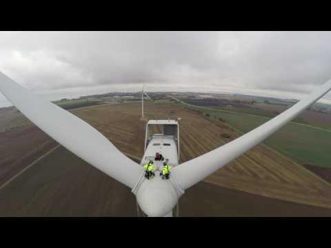 Inspecting Wind Turbine Blades via Rope