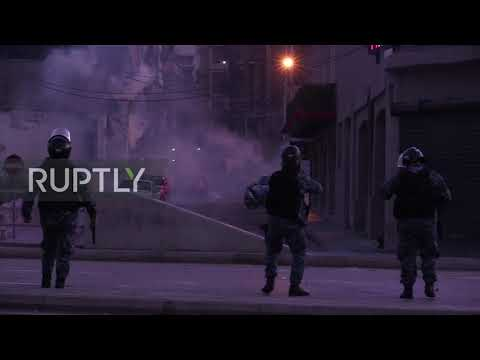 Lebanon: Tear gas deployed amid heavy clashes with protesters in Beirut