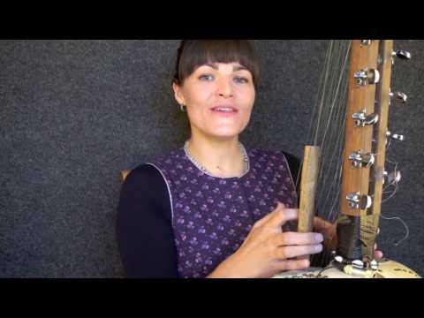 Bec Matthews playing Kora and singing Utopia
