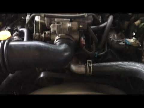 a4721 - Holden Rodeo V6 Petrol Engine Start Up