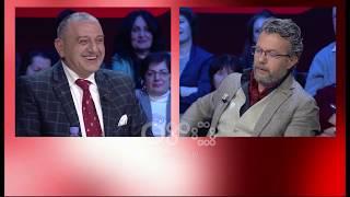 Ora News - Laert Vasili publikon live mesazhin kërcënues