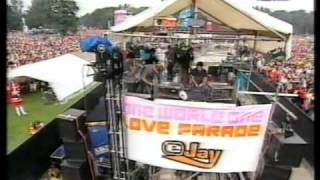 Takkyu Ishino live at Loveparade 2000 part 1