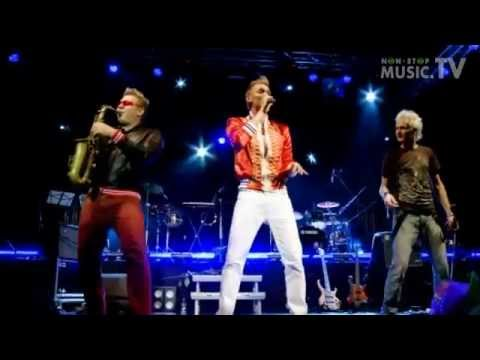 Epic Sax Guy Rolled Again ( Original live HD ) 2013