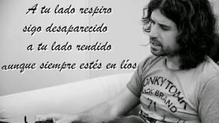 Rulo y la contrabanda Me quedo contigo Lyrics