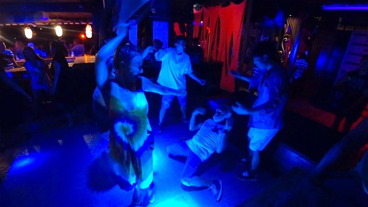 Дед взорвал танцпол, новая интальянская звезда на Боракай...