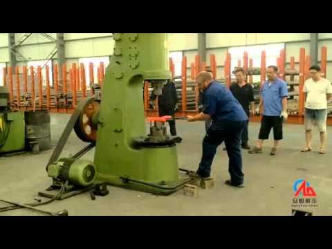 Australia customer Bruce test 110kg power hammer in Anyang forging press machinery
