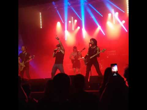 High Voltage - Hells Bells (Belgian Tribute to ACDC)