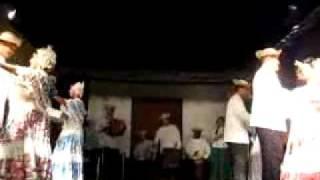 Danza típica panameña