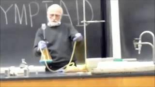 Kimya Dersi Dediğin Böyle Olur - Mühendisiz Olm Biz!