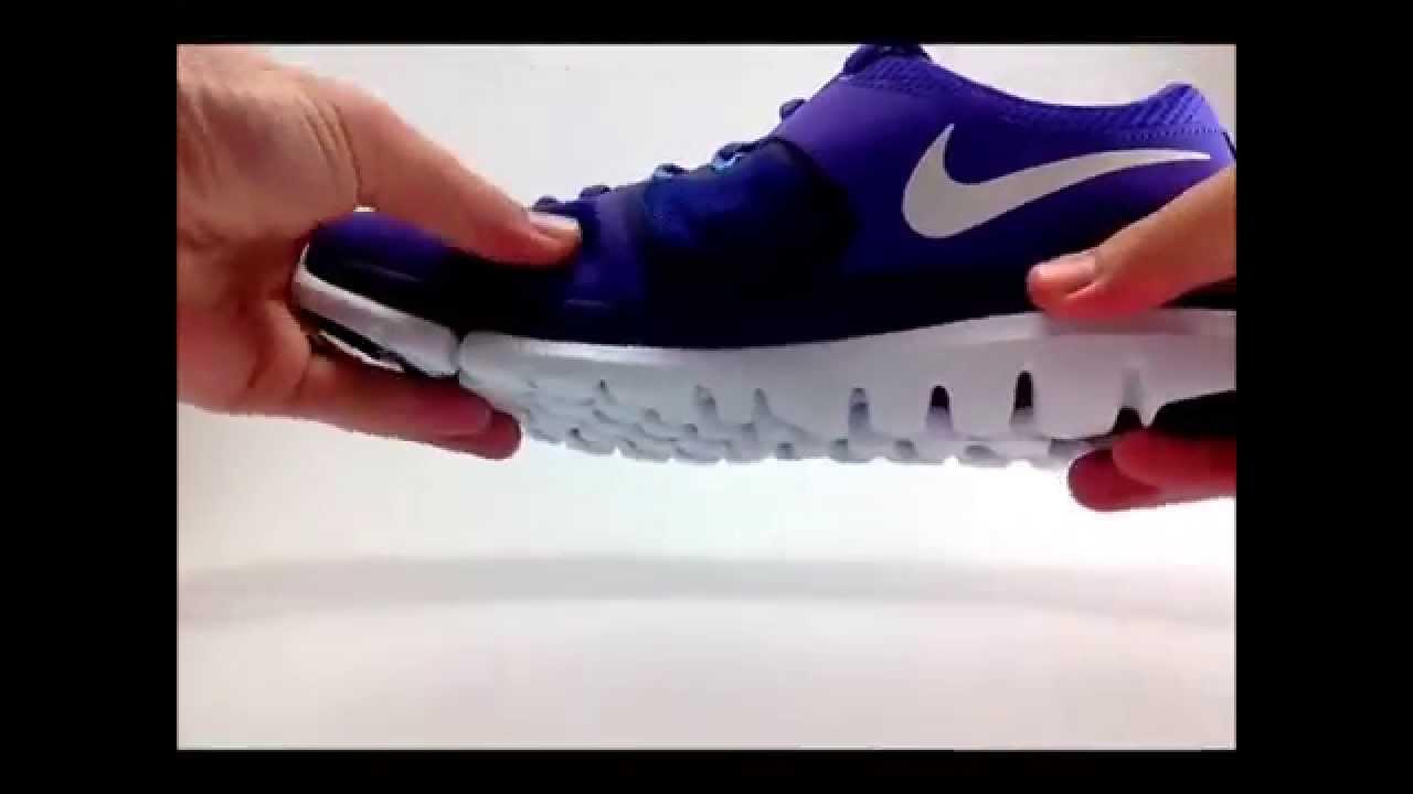 3ad6e62767621 Tênis Nike Flex 2014 lilas roxo branco Feminino - YouTube